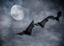 Nietoperze w ciemnym chmurnym niebie, Halloween tło ilustracji