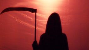 Nieuchronny śmiertelny cienia przybycie karać ludzkości dla grzechów wojnami i chorobami zbiory wideo