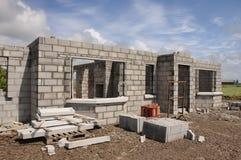 Nieuw bouw concreet steenHuis Stock Foto