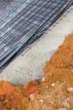 Nieuw bouw huisstichting en bevloering Stock Fotografie