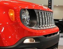 Nieuw compact jeep voordetail Stock Fotografie