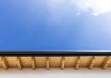Nieuw dak met goot stock foto's