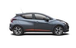 Nieuw die Nissan Micra op wit wordt geïsoleerd Stock Fotografie