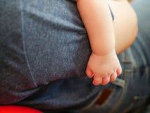 Nieuw - geboren babyhand Stock Foto