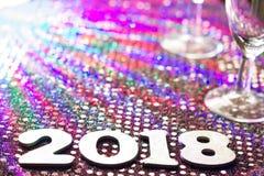 Nieuw jaar 2018 aantallen en samenvatting vage achtergrond in nacht Royalty-vrije Stock Fotografie
