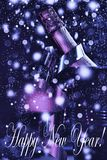 Nieuw jaar Nieuwjaar` s Vooravond, champagne in een emmer ijs royalty-vrije stock afbeelding