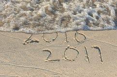 Nieuw jaar 2017 in zand Stock Afbeelding