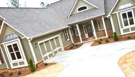 Nieuw Modern Huis stock foto