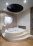Nieuw ontwerp van badkamers Stock Afbeelding
