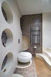 Nieuw ontwerp van toiletruimte Royalty-vrije Stock Foto's