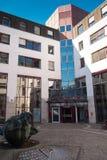 Nieuw stadhuis in Hilden stock fotografie