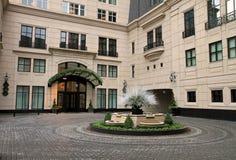 Nieuw upscalehotel in Chicago Stock Afbeeldingen