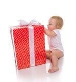 Nieuw van de het kindbaby van het jaar 2016 concept de peuterjong geitje met Kerstmis pres Royalty-vrije Stock Afbeeldingen