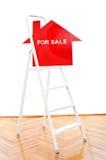 Nieuw of vernieuwd huis voor verkoopconcept stock foto