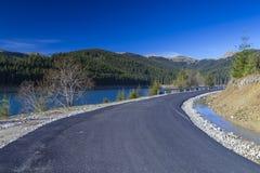Nieuwe asfaltweg Stock Foto's