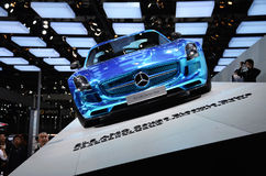 Nieuwe Benzauto's in de show Stock Foto