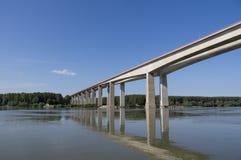 Nieuwe brug Royalty-vrije Stock Afbeelding