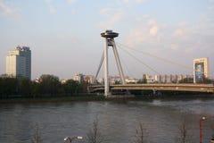 Nieuwe Brug in Bratislava (Slowakije) Stock Fotografie