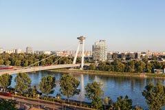 Nieuwe brug, Bratislava, Slowakije, Stock Foto's