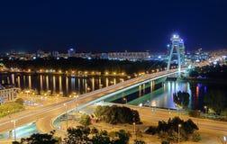 Nieuwe Brug in Bratislava, Slowakije. Stock Afbeeldingen