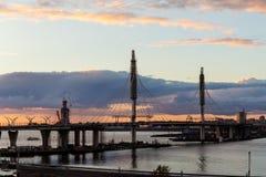 Nieuwe brug in sankt-Peterburg Stock Afbeeldingen