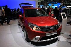 Nieuwe Dacia Sandero Stock Foto's