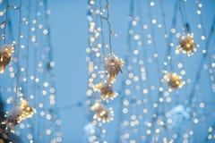 Nieuwe de decoratie in openlucht close-up van de jaarslinger royalty-vrije stock fotografie
