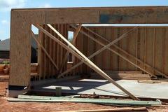 Nieuwe Garage Stock Afbeeldingen