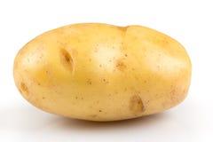 Nieuwe geïsoleerde aardappel Stock Foto's