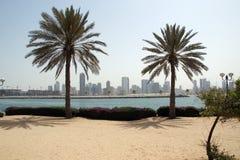 Nieuwe Gebouwen als Wolkenkrabber in Doubai royalty-vrije stock foto