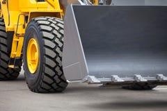 Nieuwe gele bulldozer Stock Afbeeldingen