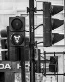 Nieuwe groene signalen in Trafalgar Square in Londen - LONDEN - GROOT-BRITTANNIË - SEPTEMBER 19, 2016 Stock Afbeelding