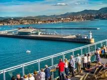 Nieuwe Haven van de passagiersterminal van Bilbao, Spanje stock afbeelding