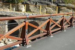 Nieuwe houten barrière op brug Royalty-vrije Stock Afbeelding