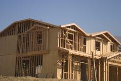 Nieuwe huisbouw stock afbeeldingen