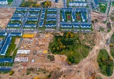 Nieuwe huizen die worden gebouwd Stock Afbeeldingen