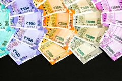Nieuwe Indiër 50, 100, 200, 500, 2000 Roepiesbankbiljetten
