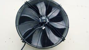 Nieuwe Industriële grote airconditioningsventilator stock footage