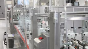 Nieuwe industriële machine in een fabriek
