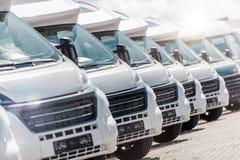 Nieuwe Kampeerautobestelwagens voor Verkoop stock foto