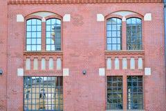 Nieuwe kracht gegeven baksteengebouwen stock fotografie