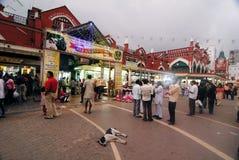 Nieuwe Markt: Beroemde het winkelen van Kolkataâs hub Stock Afbeeldingen