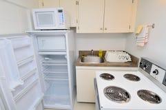 Nieuwe moderne keuken Stock Foto