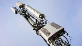 Nieuwe radio het netwerktelecommunicatie-uitrusting van 5G met radiomodules en slimme antennes stock afbeeldingen