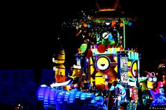 Nieuwe revolutionaire nachtparade van de UNIVERSELE PARADE van de SCHOUWSPELnacht Stock Foto