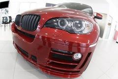 Nieuwe rode auto Royalty-vrije Stock Foto's
