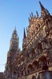 Nieuwe Stadhuisvoorgevel in München Stock Foto's