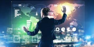 Nieuwe technologieën en innovaties als methodes voor efficiënte moderne zaken stock afbeeldingen