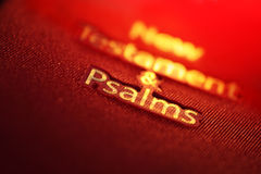 Nieuwe Testament en het boek van Psalmen Stock Afbeeldingen