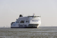 Nieuwe waterweg with cruise ship Stock Images